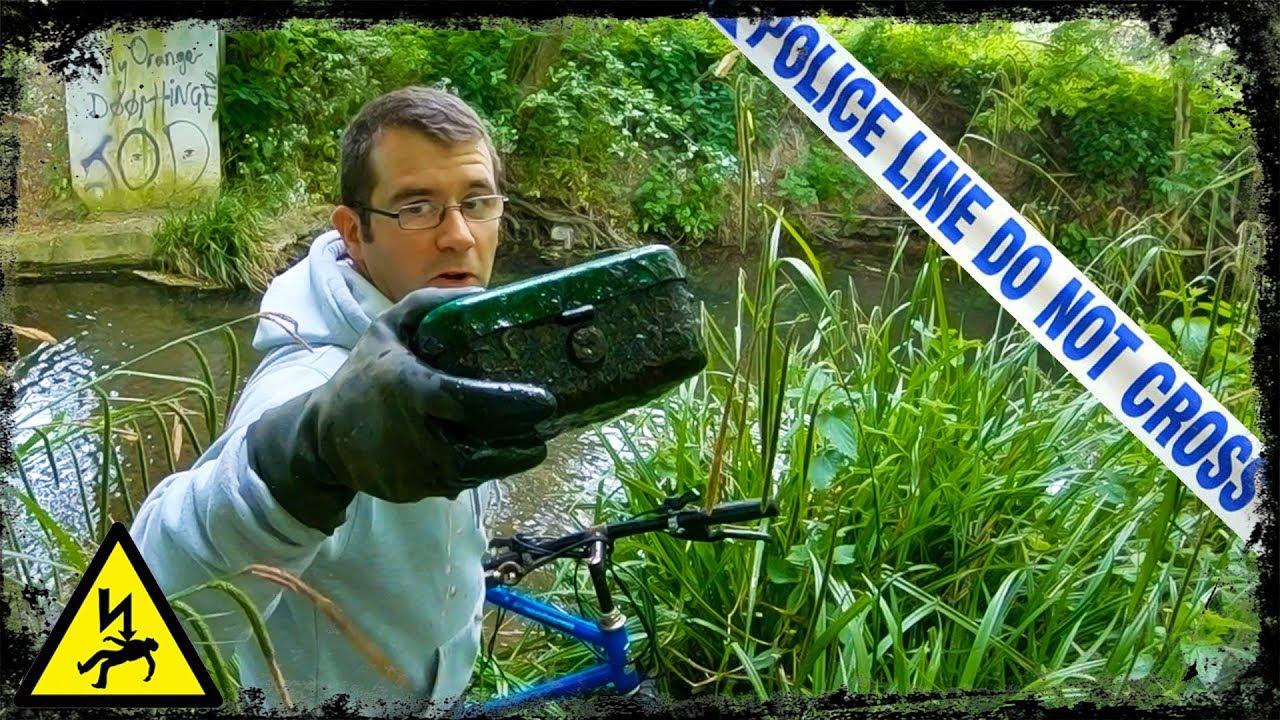 Dumping Ground FOUND! — Magnet Fishing UK