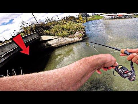 Fishing A SPILLWAY For BIG BASS..