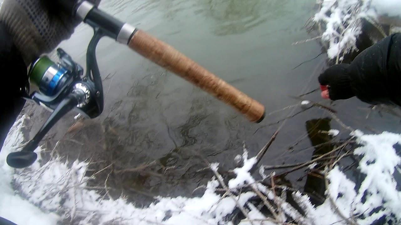 Рыбалка на спиннинг  в Новосибирске на речке Угрюмка