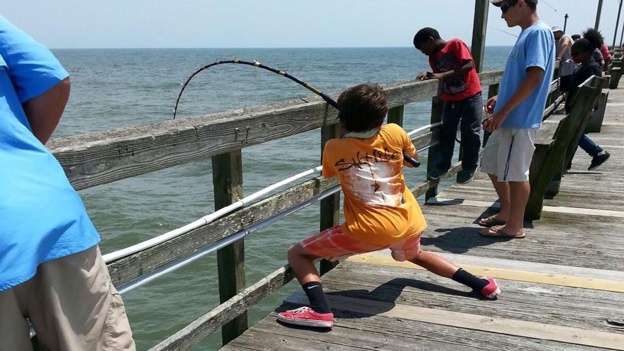 Giant Stingray Fishing From Oak Island (Yaupon) Pier!